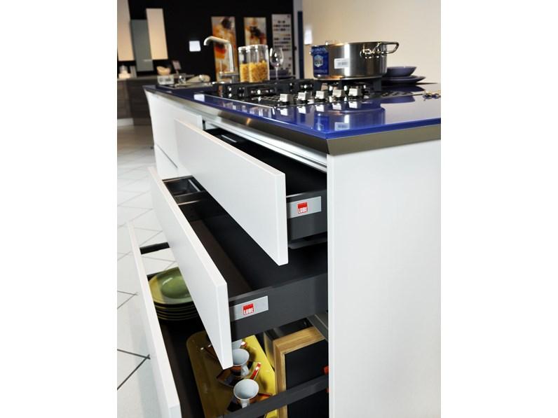 Cucina Lube Brava ad isola completa di elettrodomestici in offerta ...