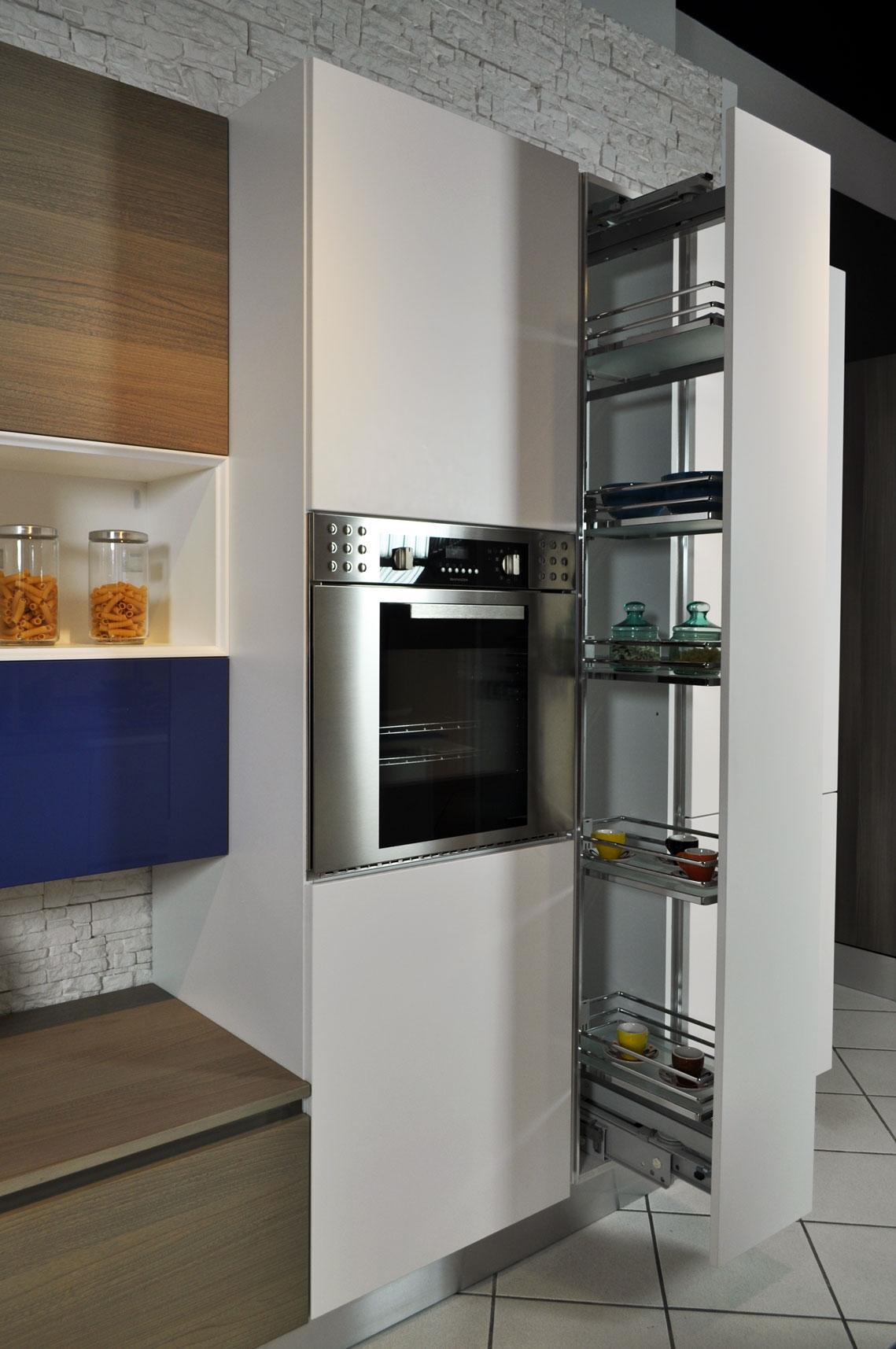 Cucina Brava Lube : Cucina lube brava ad isola completa di elettrodomestici in