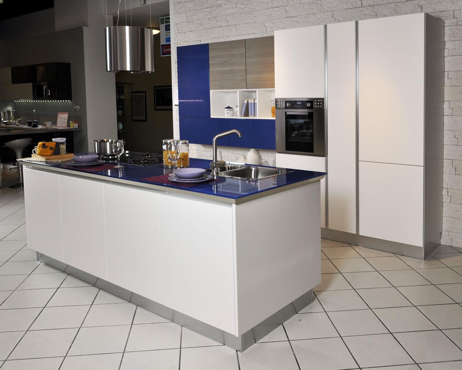 Cucina lube brava ad isola completa di elettrodomestici in - Elettrodomestici cucina ...