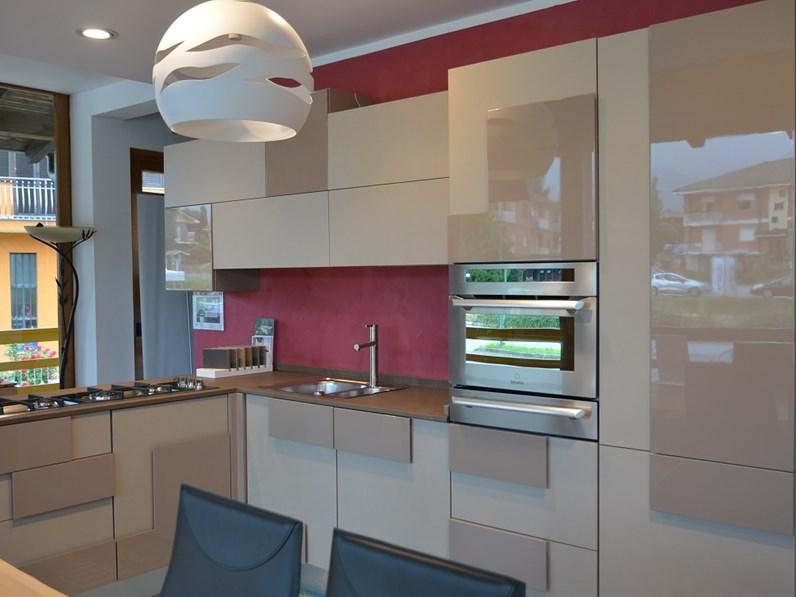 Cucina modello Creativa Lube completa di elettrodomestici
