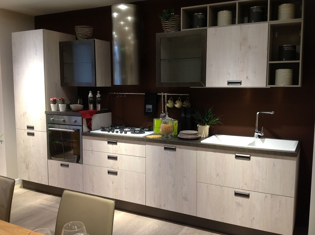 Lube cucine cucina cucina lube moderna mod kyra scontato - Cucina lube kyra ...