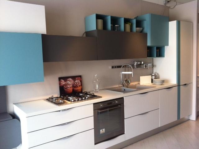 Cucina lube cucine immagina scontato del 30 cucine a - Cucina lube immagina ...