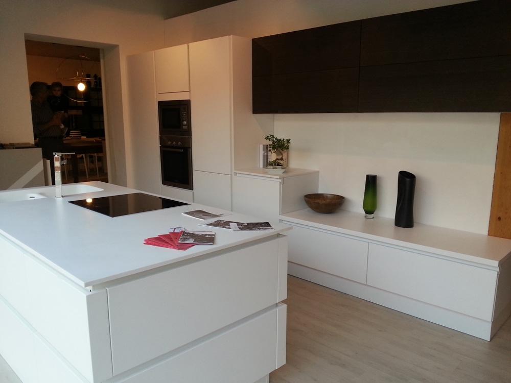 Cucina zanotto artigianale moderna laccato opaco bianca - Cucina laccata bianca ...