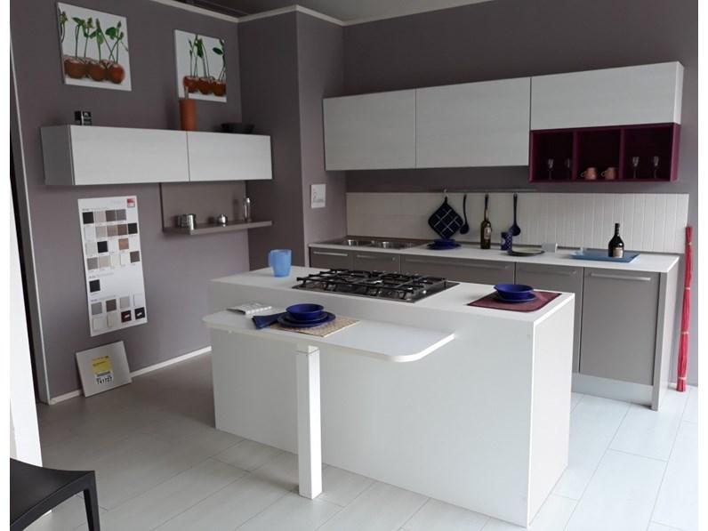 Cucine Moderne Bianche E Grigie Lube.Cucina Lube Moderna Grigia Chefs4passion