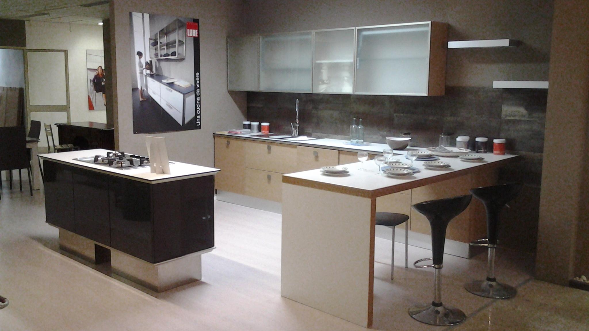 cucina lube expo' scontata - cucine a prezzi scontati - Arredo Bagno Lube