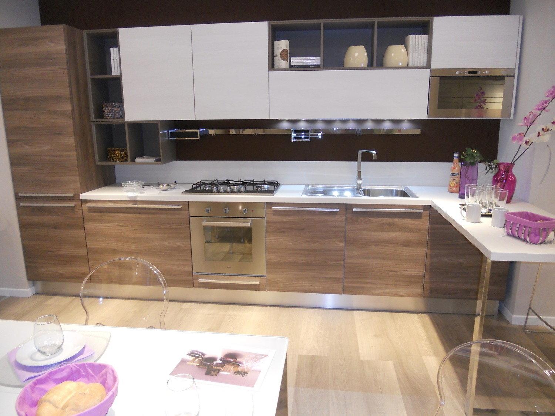 Cucina Lube Cucine Noemi laminato in offerta oulet - Cucine a ...
