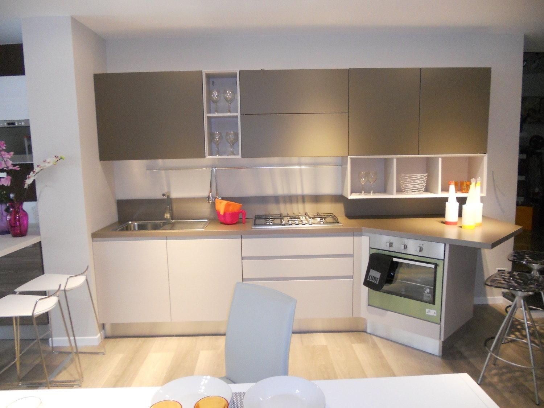 Cucina lube cucine linda cucine a prezzi scontati - Cucina essenza lube ...