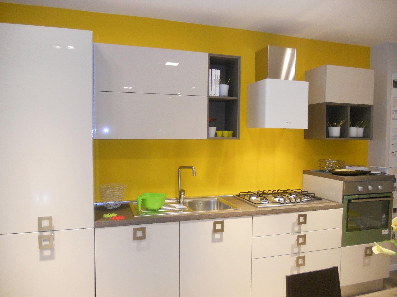 Cucine con piano cottura non ad incasso mercatone uno cucine ad angolo soluzioni cucine - Mercatone uno cucine ...