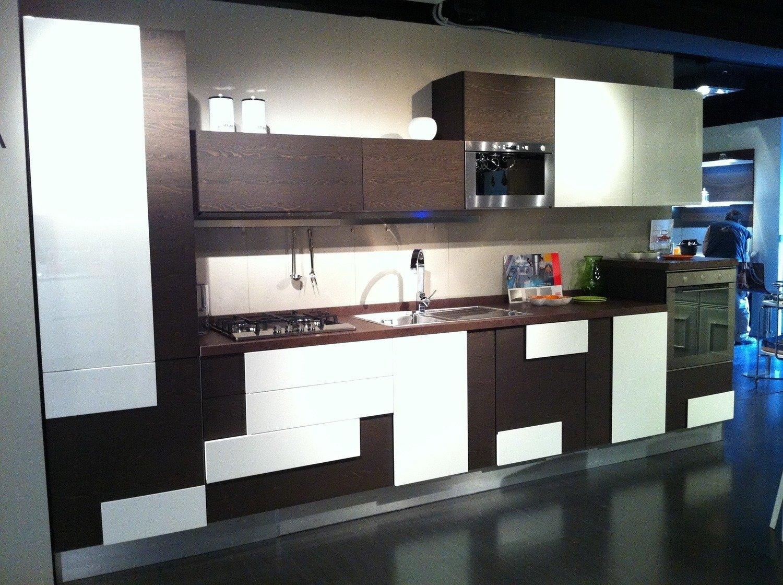 best offerte cucine componibili lube images ideas design 2017. Black Bedroom Furniture Sets. Home Design Ideas