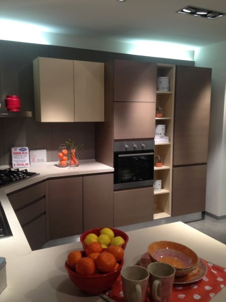 5794 in cucina con linda. contemporary kitchen wood veneer lacquered ...