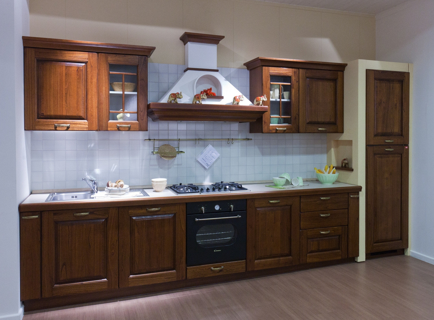 Awesome Cucina Laura Lube Photos - Design & Ideas 2017 - candp.us