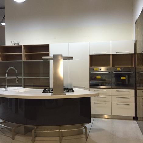 Cucina lube mod marta lucido bianco e grigio piano in corian isola cucine a prezzi scontati - Piano cucina in corian prezzi ...