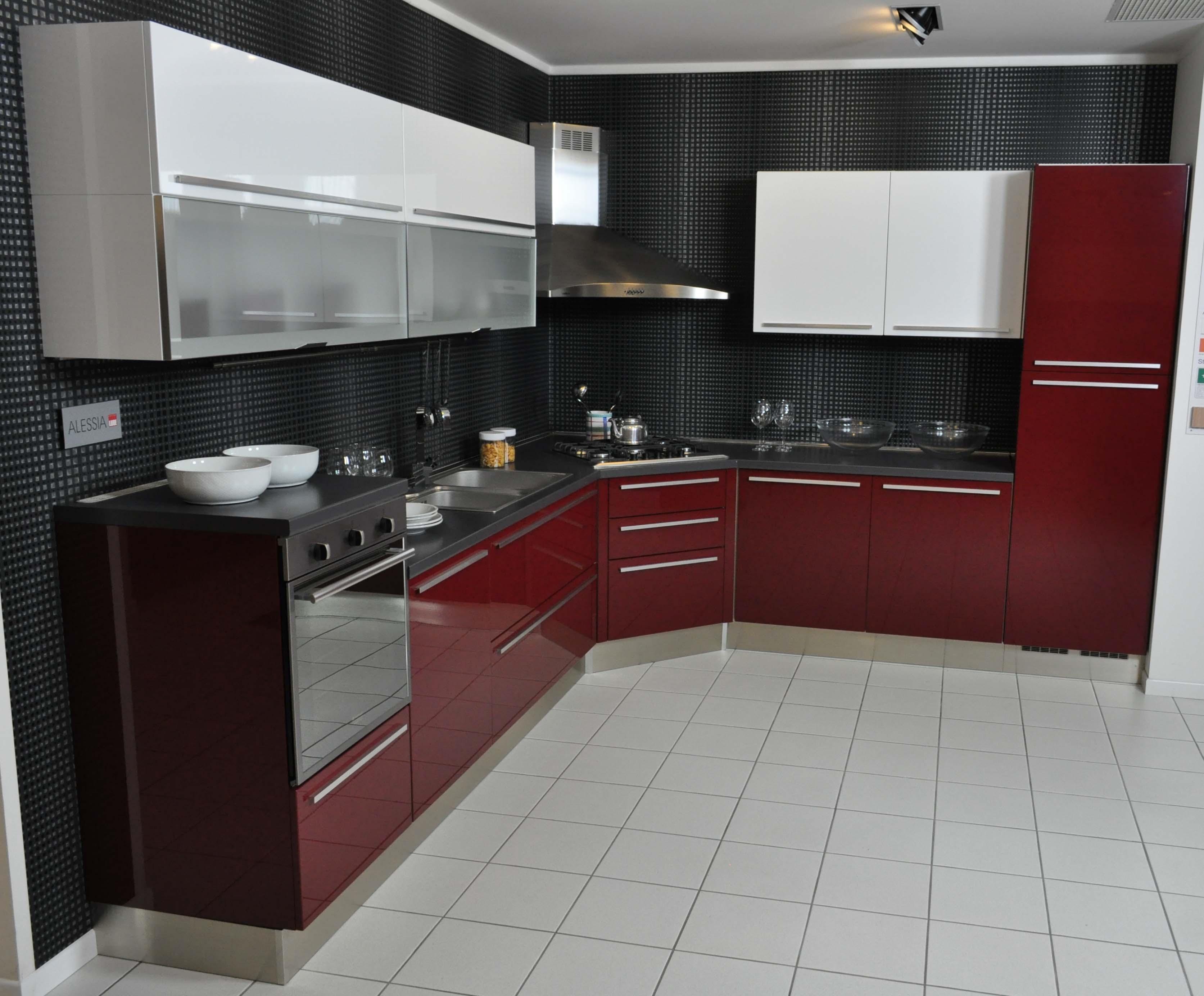 Lube Cucina Alessia ~ Idea del Concetto di Interior Design, Mobili ...