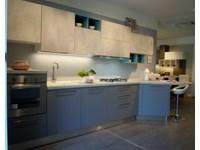 Cucina esposta lube modello immagina grigio agata e cemento
