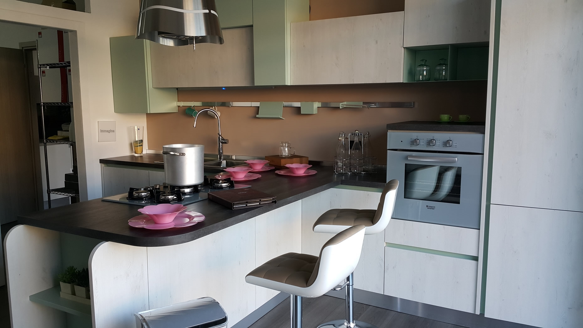 Awesome cucina lube modello brava contemporary - Costi cucine lube ...