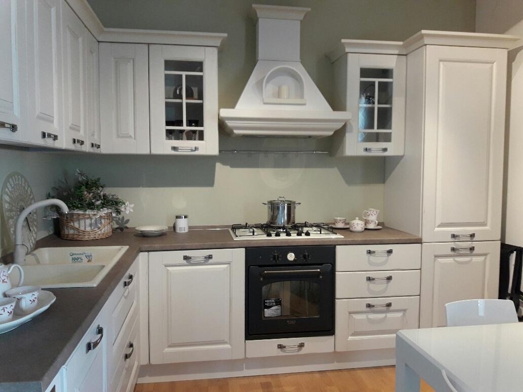 Cucina Lube, modello Laura scontato del -46 % - Cucine a prezzi ...