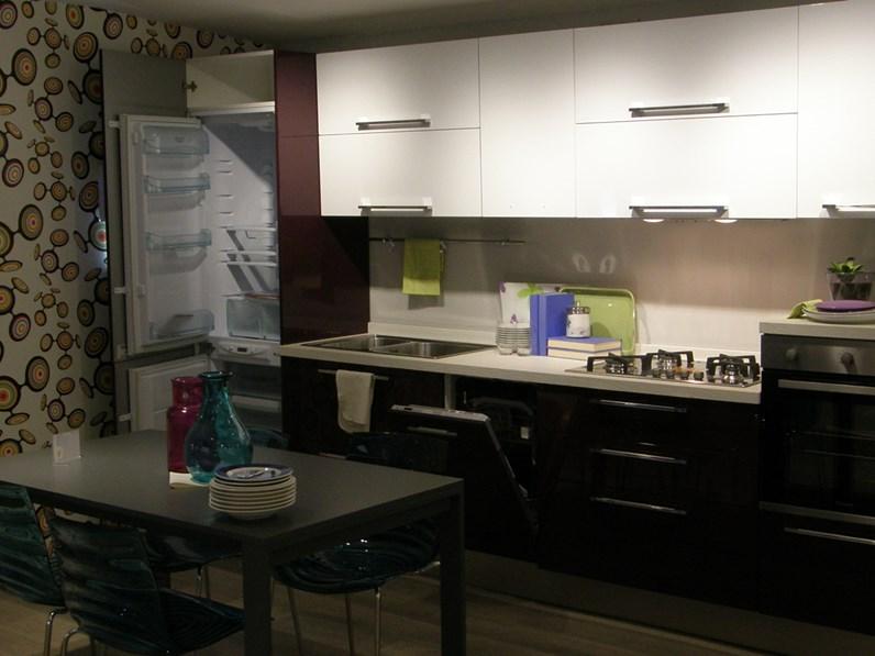 Cucine Lube Modello Alessia : Cucina lube moderna lineare modello alessia scontata del