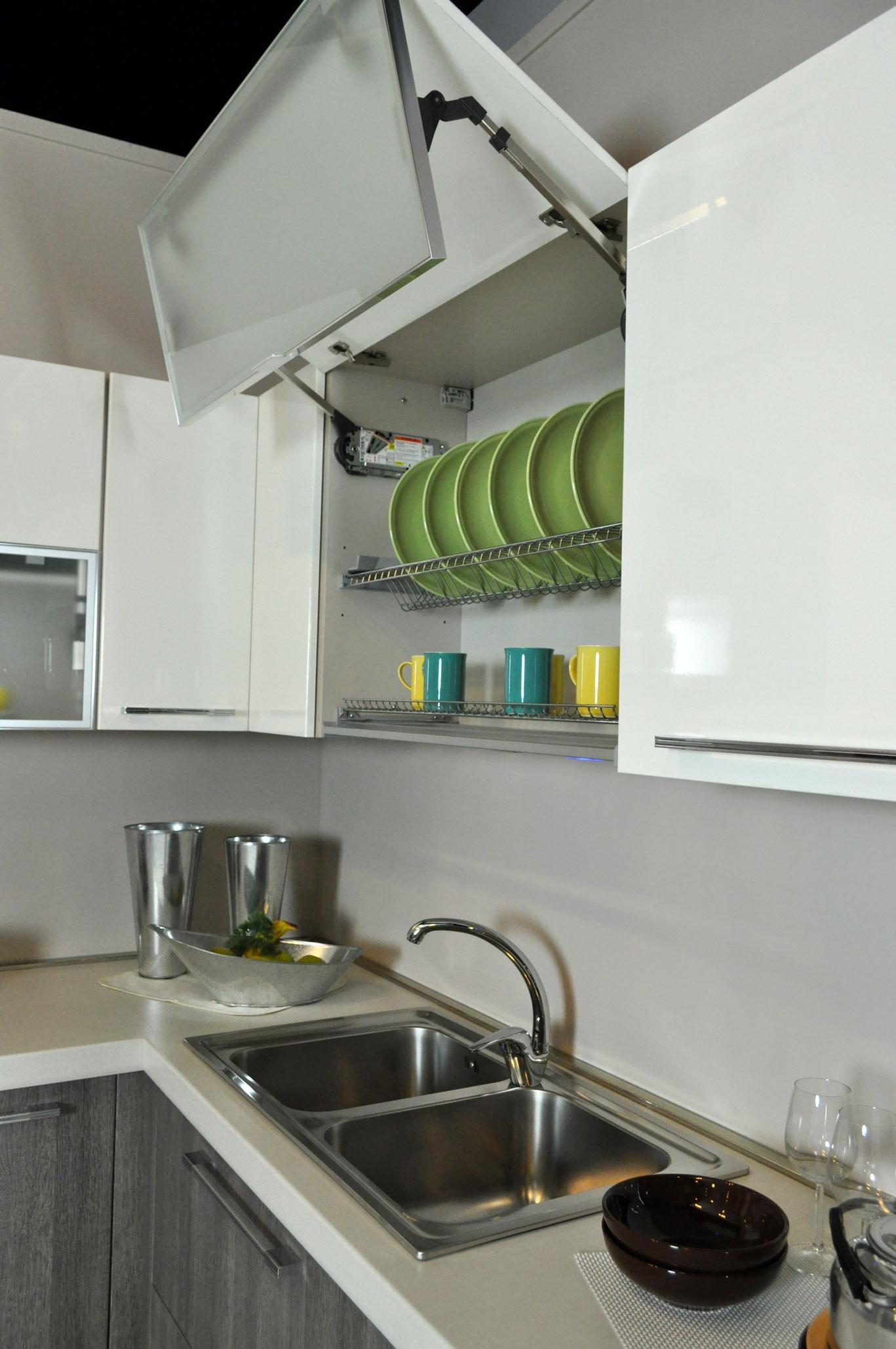 Cucina lube noemi angolare completa di elettrodomestici in - Elettrodomestici in cucina ...