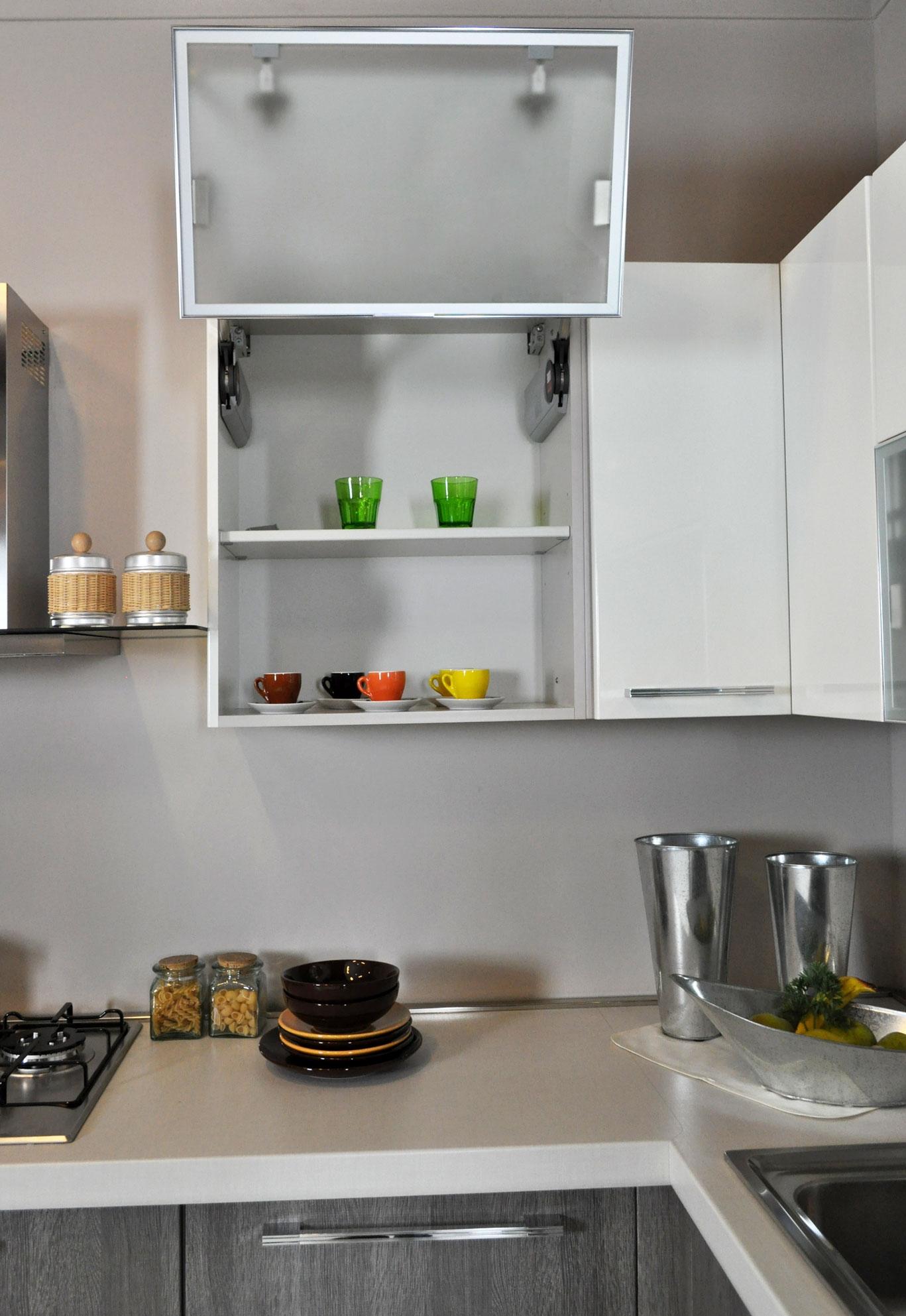 Cucina Lube Noemi : Cucina lube noemi angolare completa di elettrodomestici in