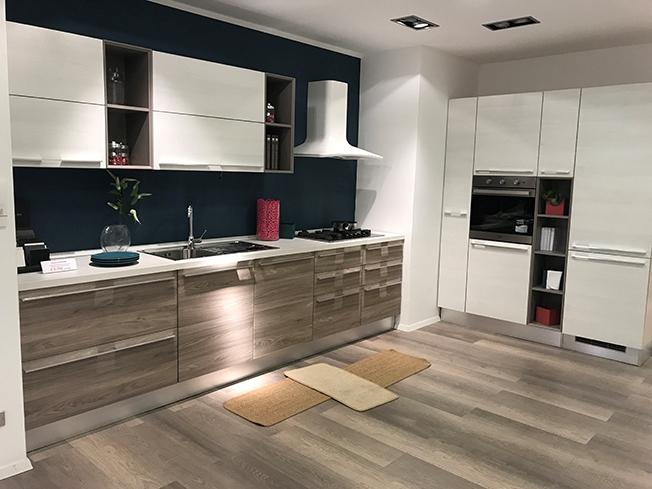 Cucina Lube Noemi : Cucina lube noemi design sconto cucine a prezzi scontati