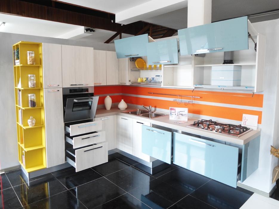Stunning colorare ante cucina contemporary embercreative - Laccare ante cucina ...