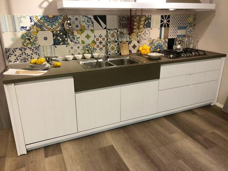 Cucina maestrale provenzale bianca ad angolo scandola - Cucina provenzale bianca ...