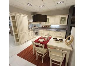 Cucina magnolia classica ad angolo Madeleine Scavolini scontata