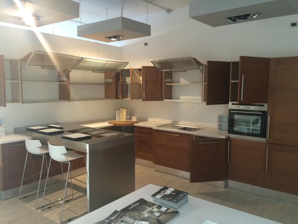 Cucina Ciliegio Moderna ~ Idea del Concetto di Interior Design ...