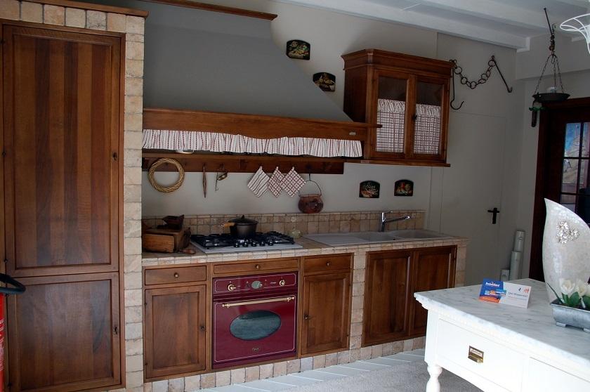 Cucina marchi cucine doralice scontato del 50 cucine - Marchi cucine outlet ...