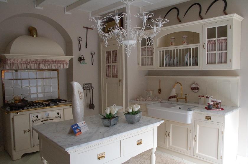 Marchi cucine moderne elegant linee sinuose e dettagli preziosi with marchi cucine moderne - Marche cucine moderne ...