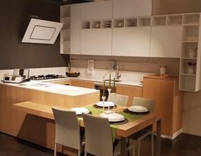 Cucina Miton moderna con penisola rovere chiaro in legno Woo/vitrio