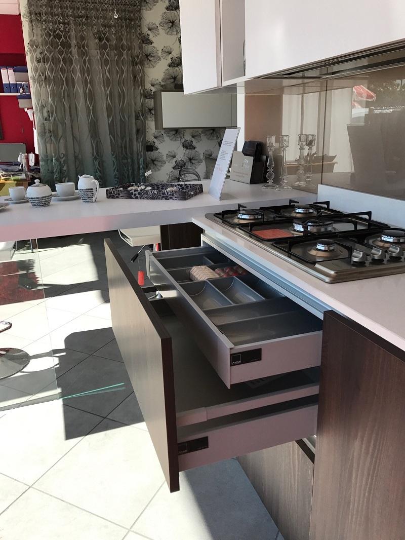 Cucina arrital cucine ak02 scontato del 50 cucine a prezzi scontati - Porta posate da cassetto ...