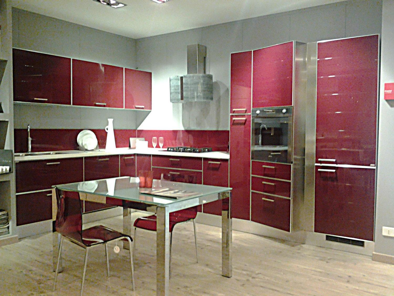 Cucina mod crystal cucine a prezzi scontati for Outlet arredamento puglia