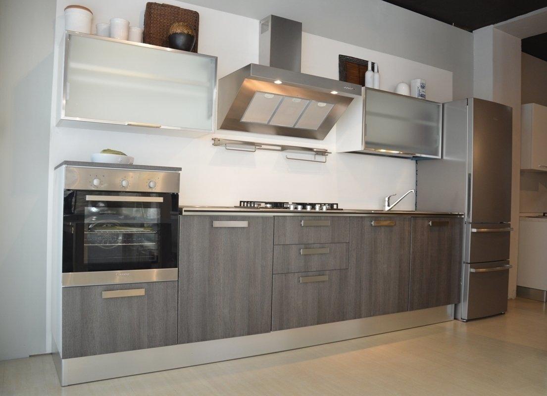 Affordable cucina moderna bicolore una collezione di idee for Af arredamenti