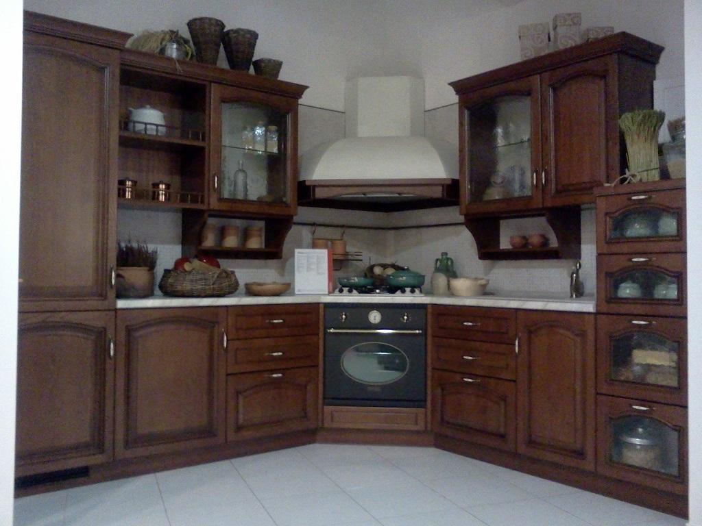 Cucina Scavolini Margot Classica Legno noce - Cucine a prezzi scontati