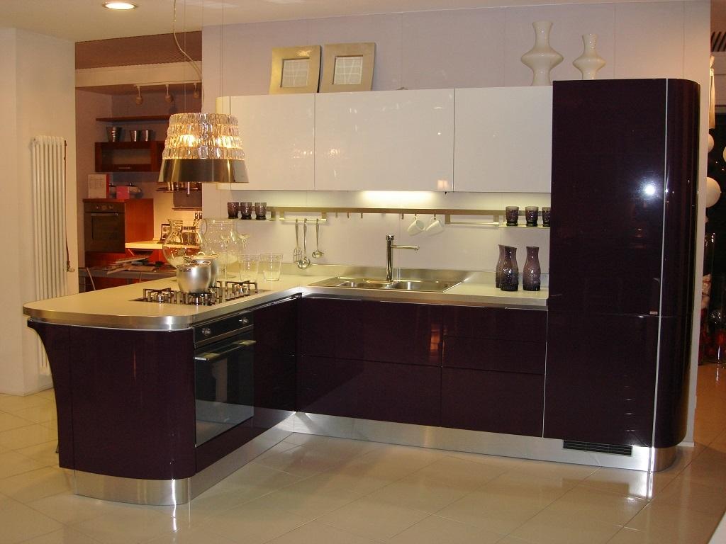 Cucina Scavolini Flat Design Laccato Lucido bianca ...