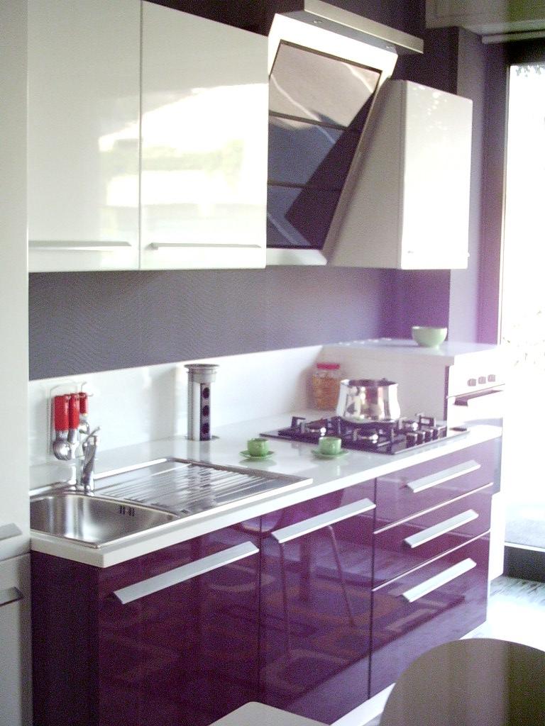 Cucina mod turchese cucine a prezzi scontati - Cucina color melanzana ...
