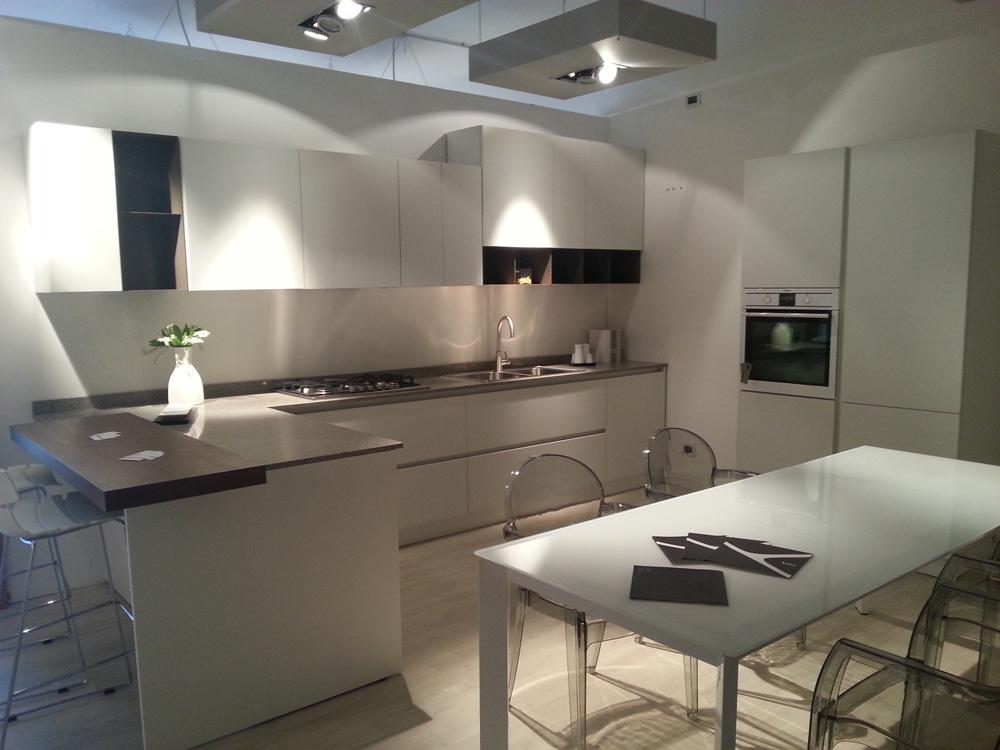 cucina bianca e grigia arredare cucina : Cucina Nova Cucina Moda Moderna Laccato Opaco bianca - Cucine a prezzi ...