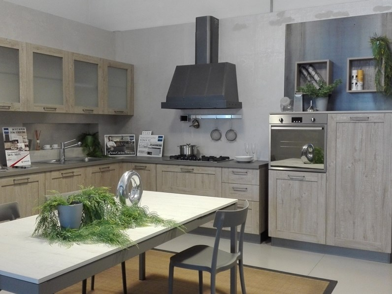 Cucina modello City Stosa cucine PREZZO SCONTATO