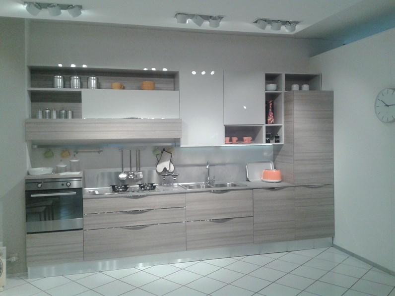 Cucina modello Cucina modello start time strike grigio Veneta cucine ...