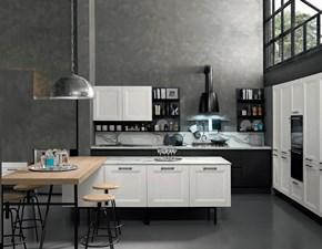Cucina modello Cucina  white chic  maxi con colonne e isola   Nuovi mondi cucine PREZZO SCONTATO