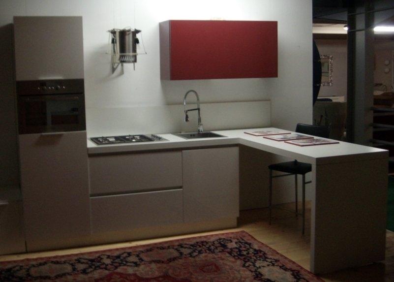 Cucina modello frida cucine a prezzi scontati - Composizione cucina ad angolo ...