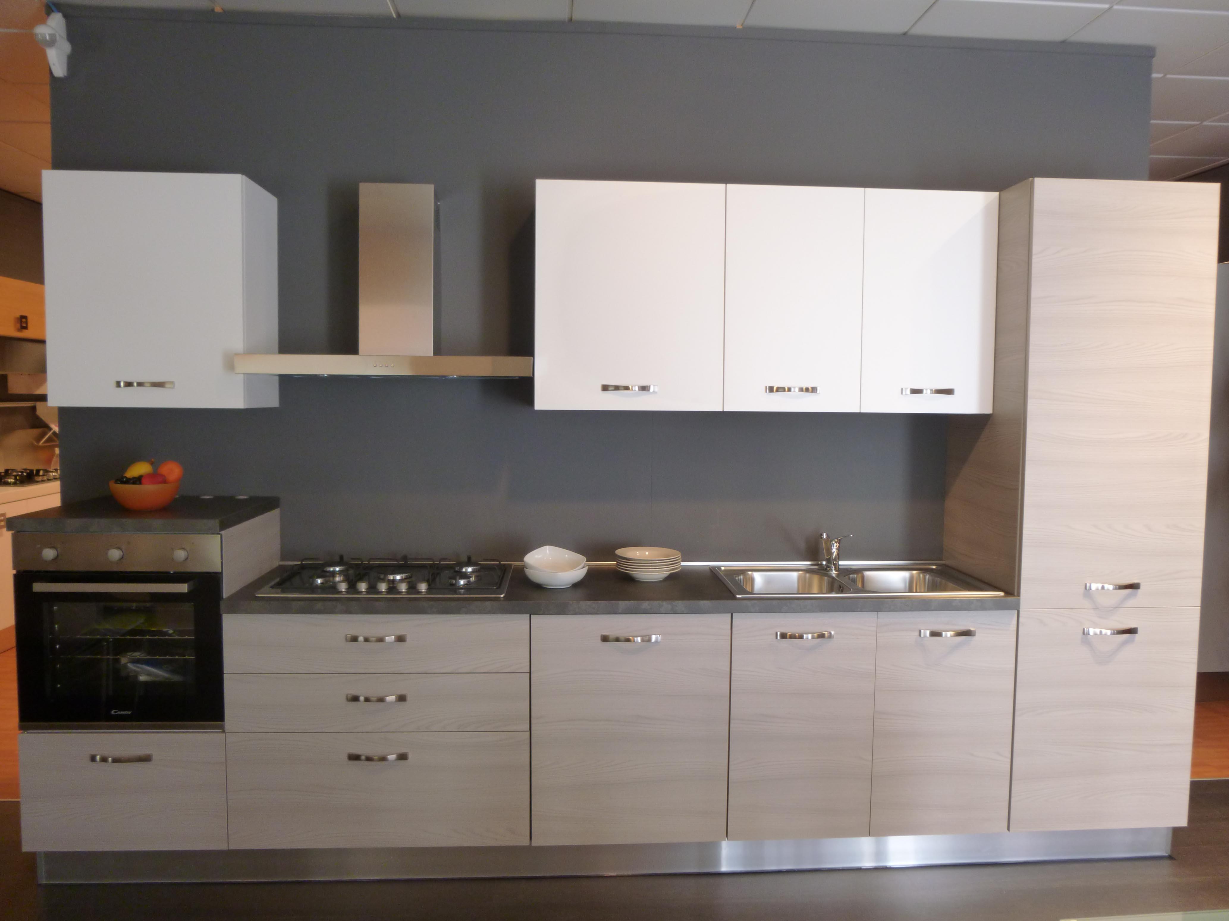 Cucina componibile mod mango in promozione completa di - Elettrodomestici cucina ...