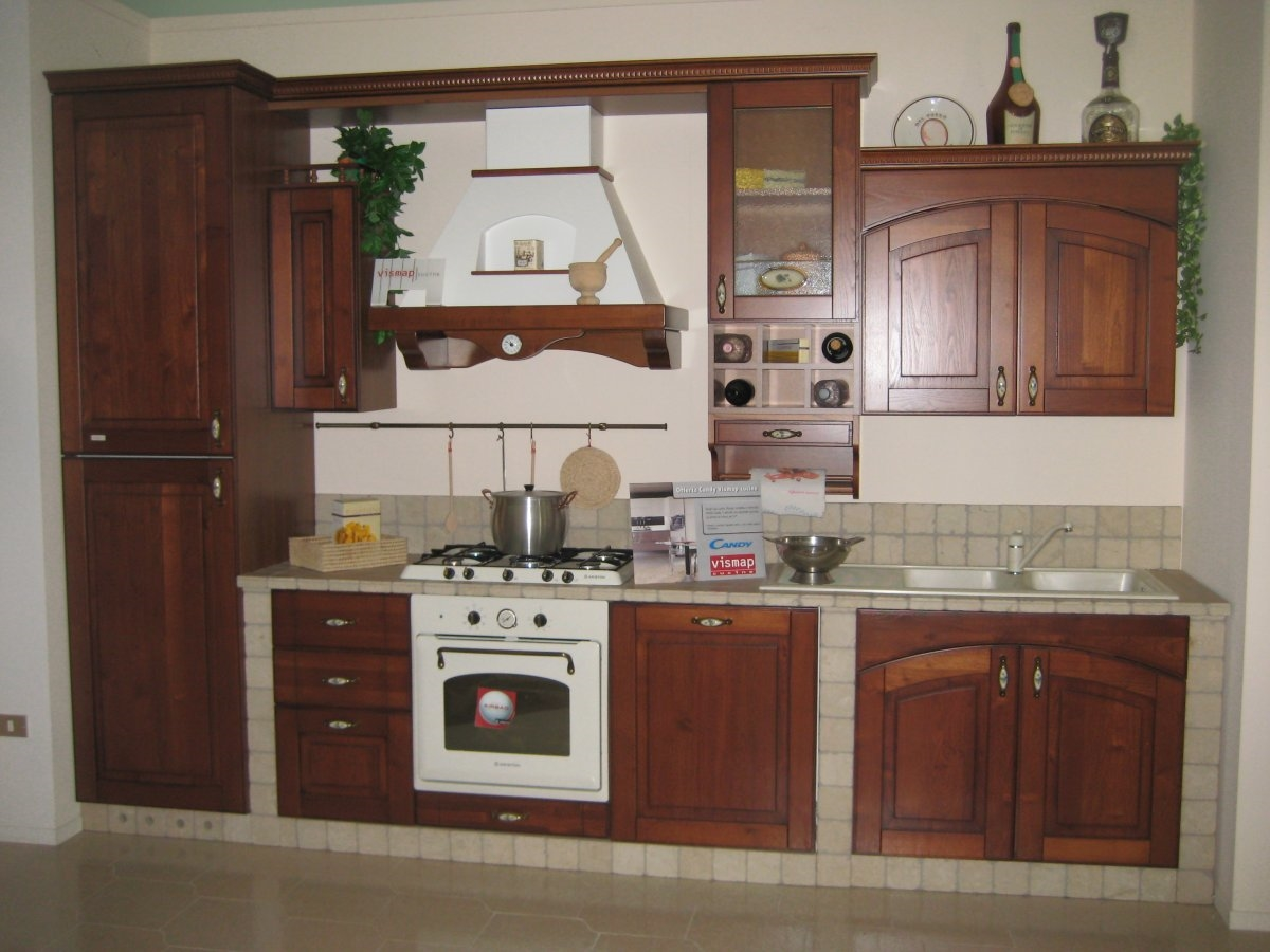 www.moroniarredamenti.it Cucina modello Laura marca Vismap top e ...