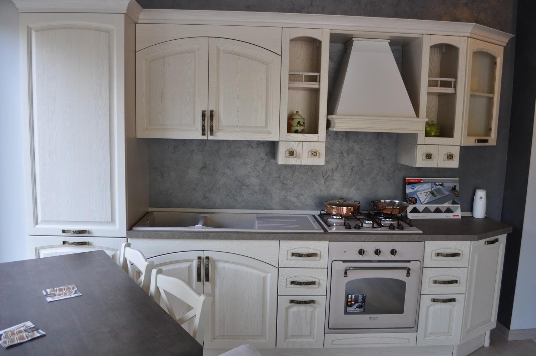 Cucina modello mida charm cucine a prezzi scontati - Cucine color avorio ...