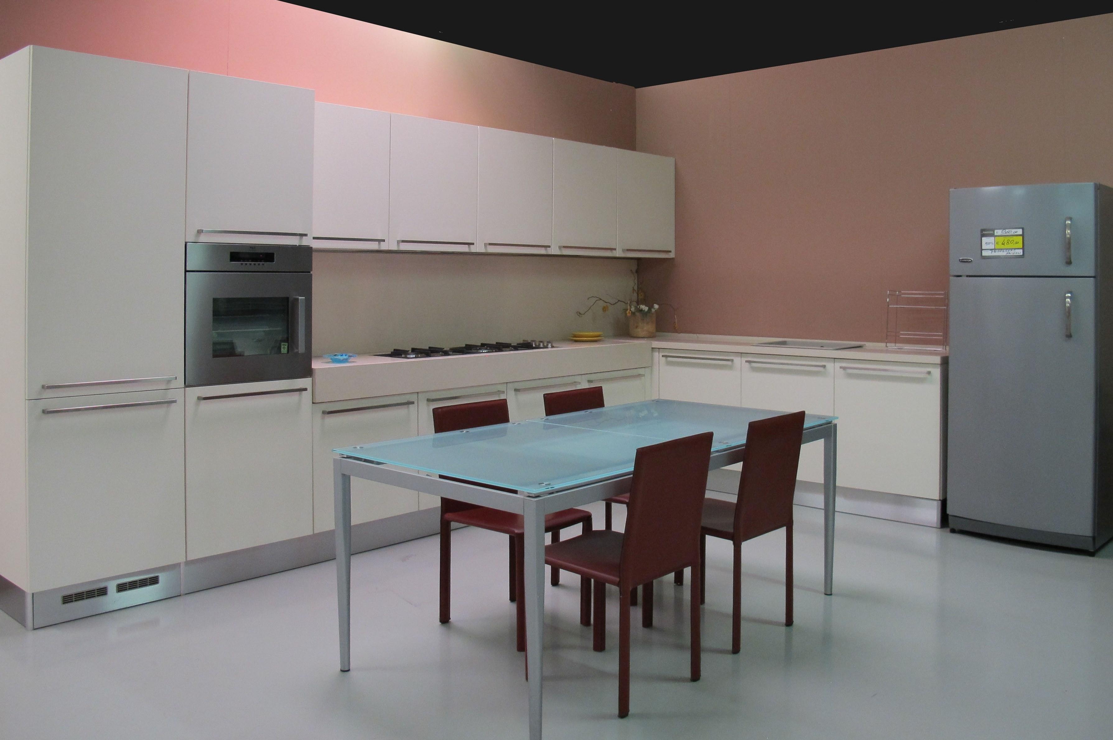Cucina Bianca Bombata: Bring cucine mobili di qualità al giusto ...