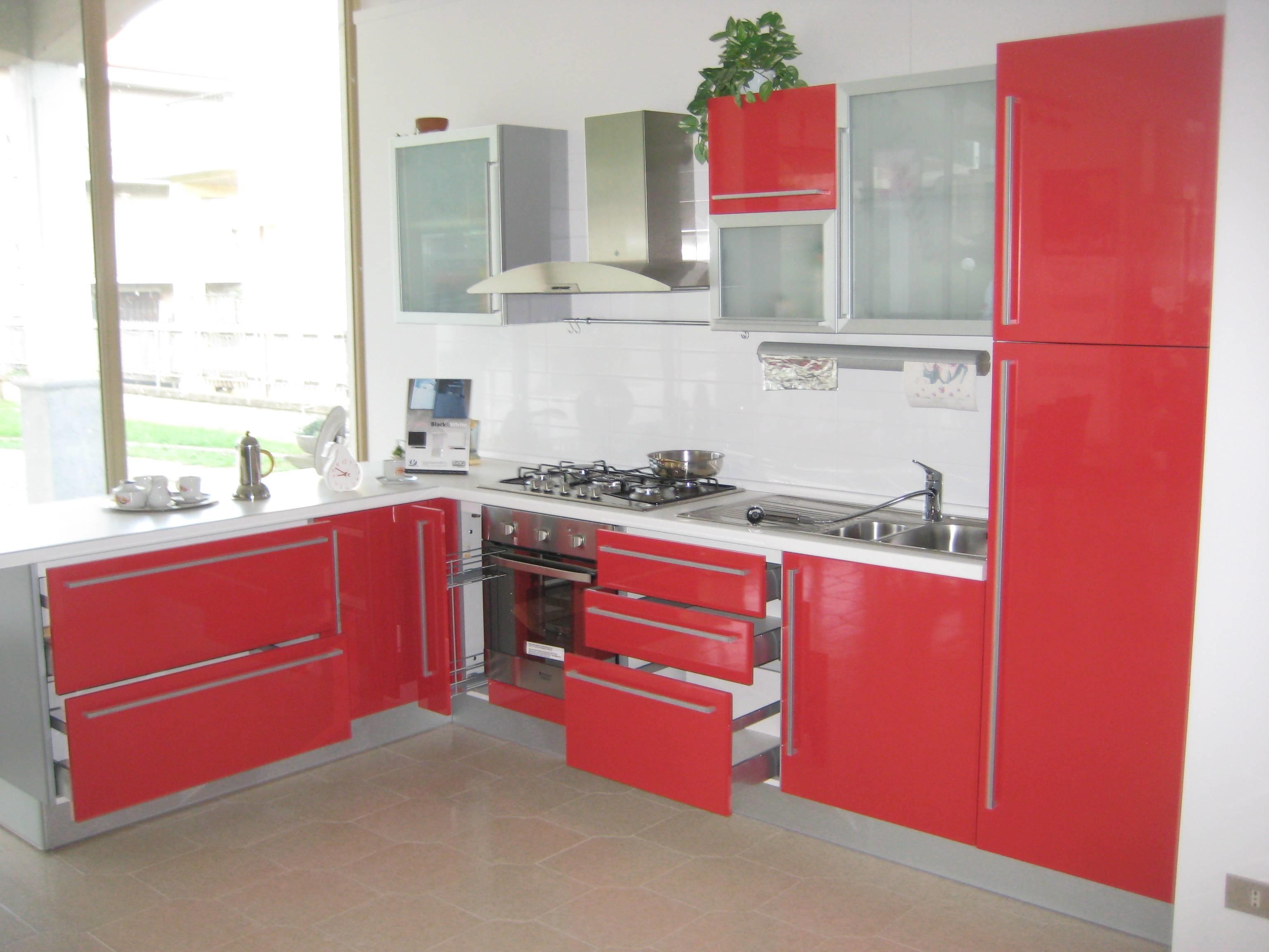 www.moroniarredamenti.it Cucina modello Rodi marca DEL TONGO/AD ...