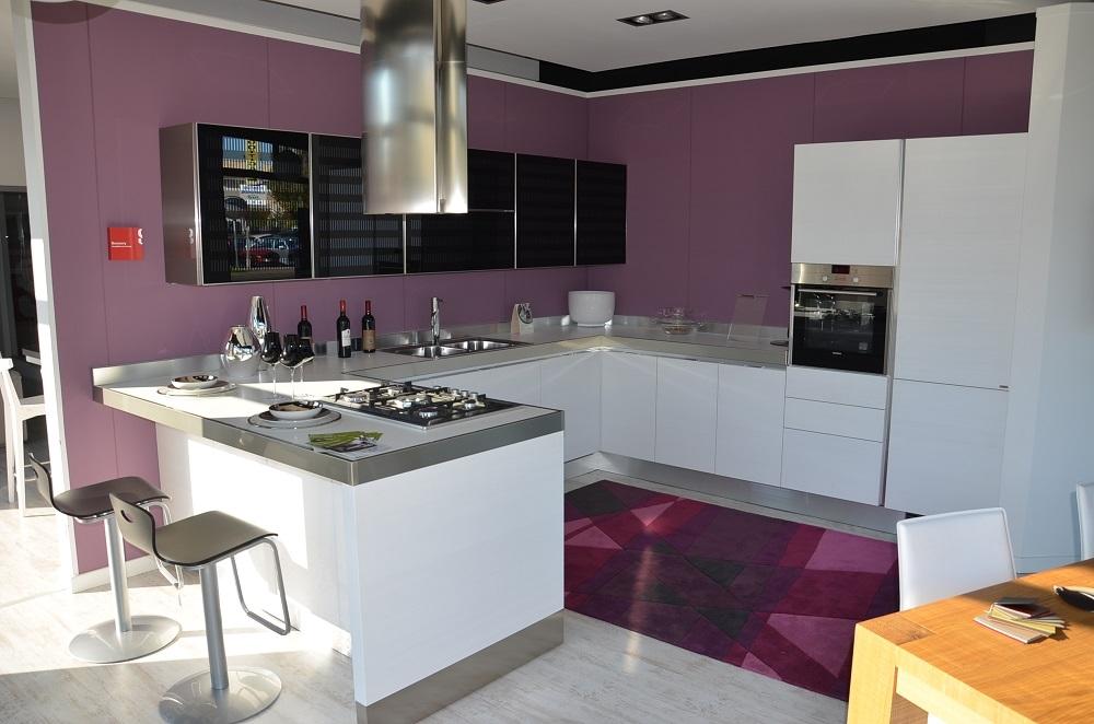 Scavolini Cucina Scenery scavolini tactli bianco puro + vetro nero ...