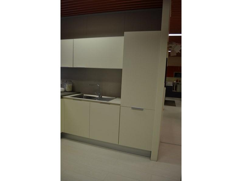 Cucina modello yara outlet for Arredo inox crotone