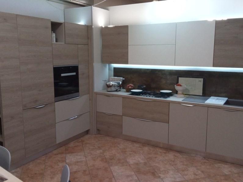 Cucina moderna ad angolo ar due oriente a prezzo ribassato - Cucina moderna prezzo ...